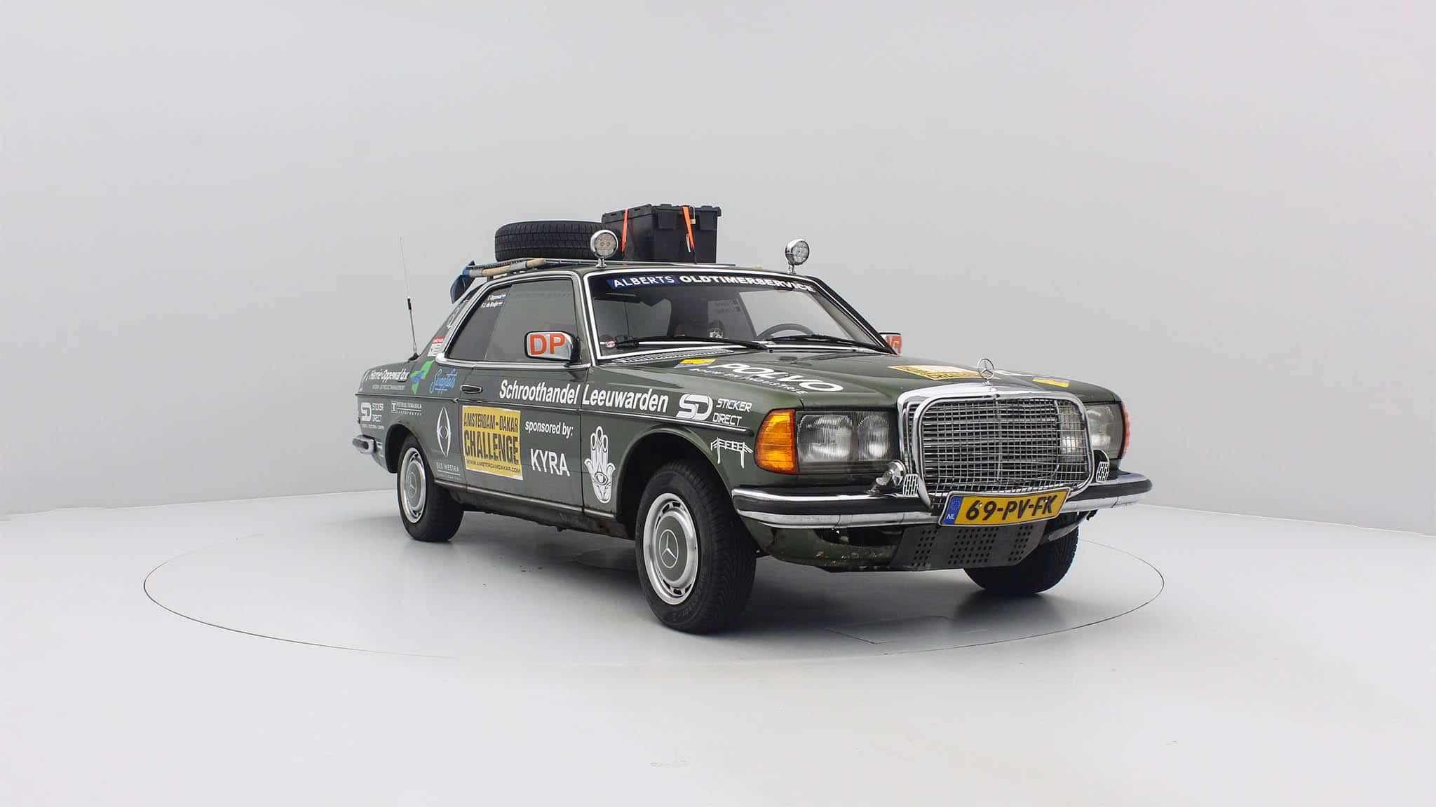 Mercedes Benz 280C voor Amsterdam Dakar Challenge